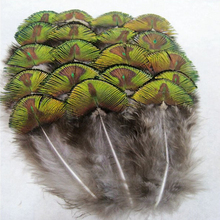 Samba 10Pcs/lot Natural Sequin Peacock Feathers 4-6cm,Wholesale Sale Bulk Cheap Household DIY Wedding Decoration Crafts 25(China)