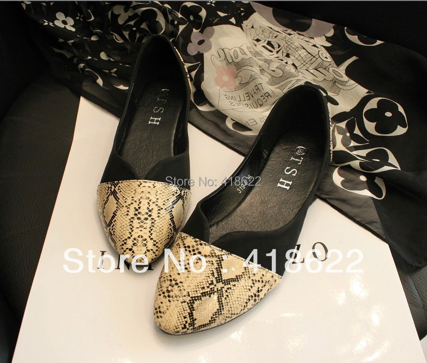 2017 fashion women flats brief colorant match serpentine pattern pointed toe flat heel single shoes womens shoes 35 - 41<br><br>Aliexpress