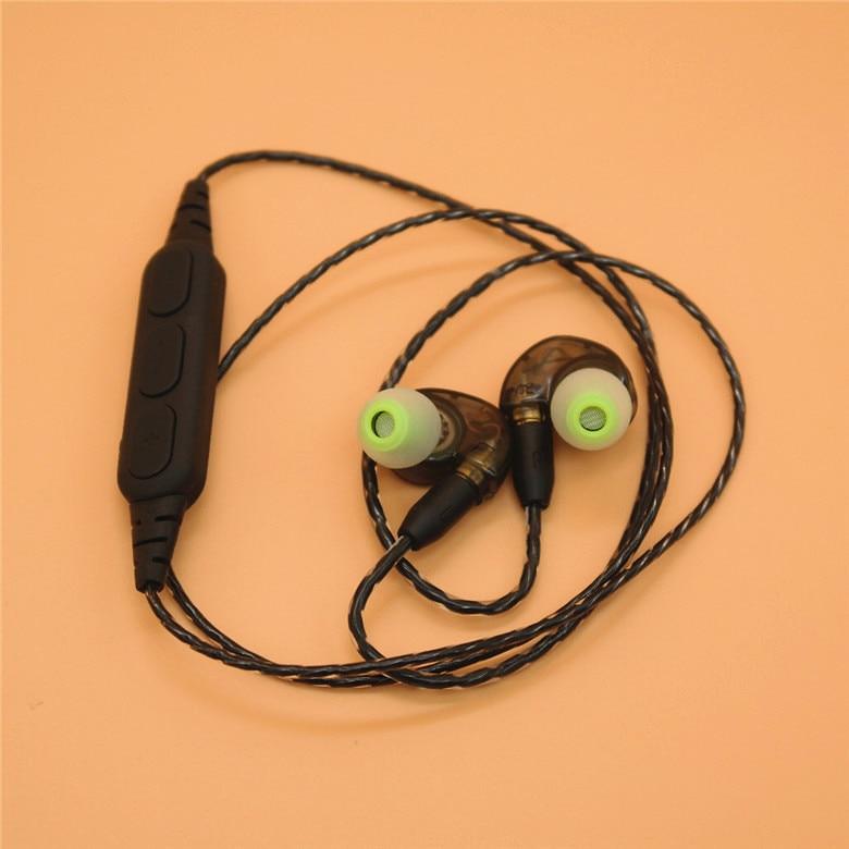 diy Pluggable bluetooth earphone<br>