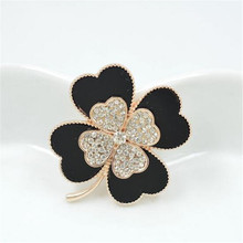 2017 Fashion rhinestone brooch beautiful black clover flower pins and brooches for women collar pin good dropship suppliers shop