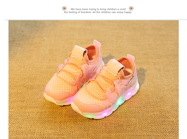 17 New fashion cool net children sneakers LED lighting casual children casual shoes slip on glowing kids baby girls boys shoes 14