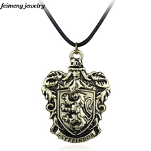 Freeshipping wholesale Gryffindor House Crest school Necklace Fashion Jewelry Necklace For Magic Movie Fans(China)