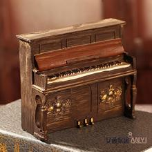 Piano resin craft display props decoration Cafe window bookcase decoration vintage home decor