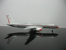 1:500 American airlines 757-200 N679AN passenger plane model(China)