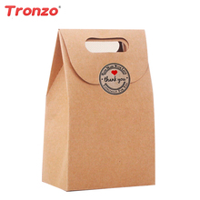 Tronzo 12pcs/set Bridal Party Gift Box With Lovely Sticker Kraft Paper Candy Bag Wedding Decoration Party Favors 10.6*15.5CM(China)