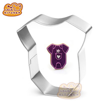1pcs baby clothing cookie cutter boys shirt shape biscuit mold baby shower pastry baking tools cupcake topper for kids gift 8065(China)