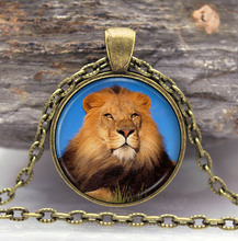 2016 The Lion King Necklace Pendant gifts glass The lion Necklace Pendant Sweater Chain Gift X171