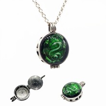 1pc Vintage Silver Evil Snake Design Essential Oil Fragrance Aroma Diffuser Trendy Cameo Locket Pendant Necklace Jewelry Gifts(China)