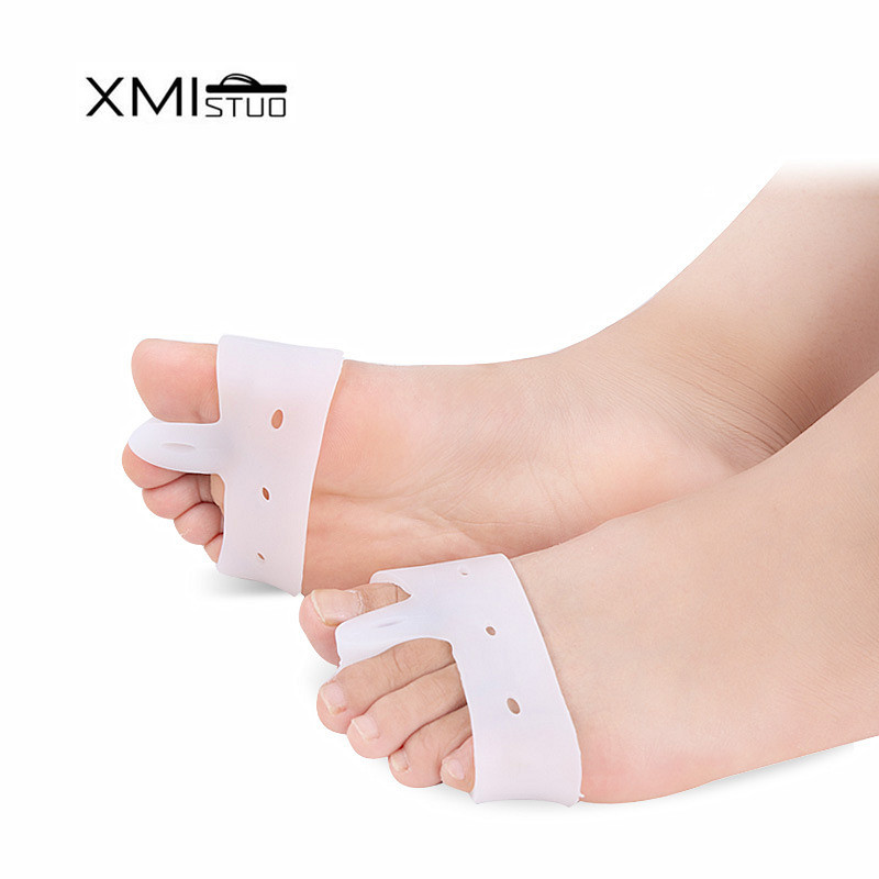 XMISTUO 2 pair Widened silicone forefoot bones thumb valgus tweezers pain pad separation device protective cover day and night