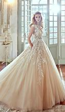 2017 Vestios De Novia 3D-Floral A-line Wedding Dresses Lace Sheer Crew Neck Button Back Luxury Arabic Bridal Gowns with Pockets