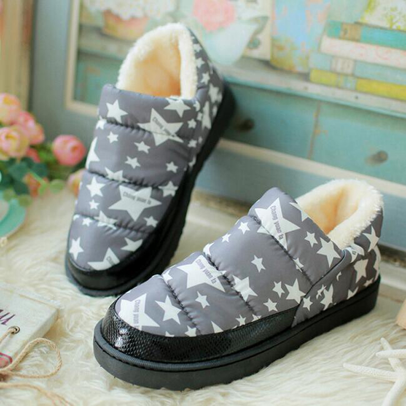 2017 waterproof thick sole women boots casual round toe ankle botas fashion star printing warm fluff snow boots free flexible<br><br>Aliexpress