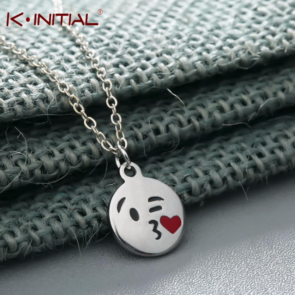 Fun Smile Face Kiss Me Emoji Necklace Stainless Steel Gold Color Girls Choker Red Tiny Heart Emoticons Necklace Pendant (2)