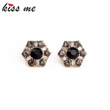 Factory Wholesale Women Accessories Glass Crystal Hexagon Spike Fashion Earrings Jewelry KISS ME