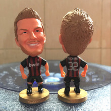 Soccerwe Classic 6.5 cm Height Football Star Figure Milan 32 David Beckham Doll in Black Red Kit(China)