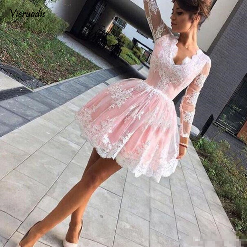 Deep V-Neck Pink Short Homecoming Dresses Lace Illusion Long Sleeves Appliques Tulle Knee Length Cocktail Gowns