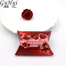 50Pcs Love Theme Cute Small Pillow Shape Candy Box Wedding Favor Party Guest Gift Party Decoration Valentine Red Hearts Fower