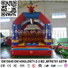 Funny crown commercial bounce houses for sale(China)