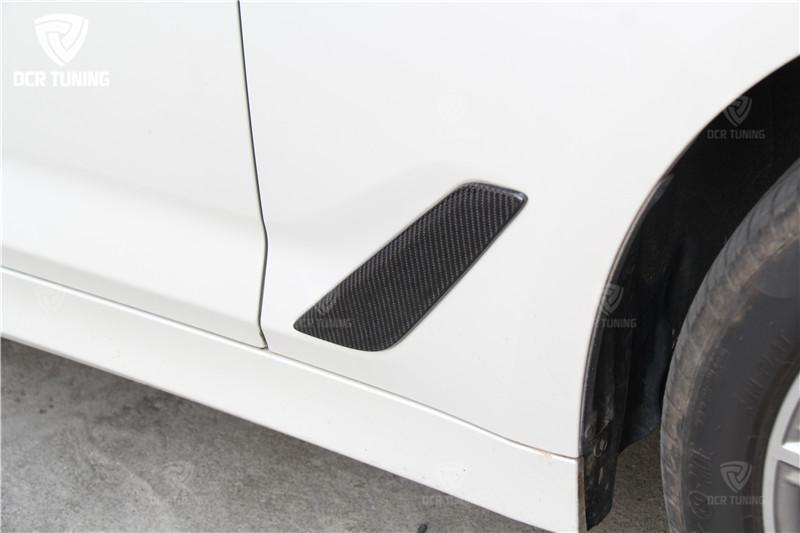 G30 Carbon Fiber Fender Car Front Side Air Vent Cover Trim for BMW 5 Series G30 2017 + (1)