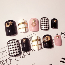 New arrive 24pcs gold rivet/white grid parts short False Nail Art With Glue black/white Fake Nail Tips Artificial Nails Design(China)