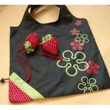 New Simple Strawberry Fruit Green Folding Convenience Shopping Bag Portable Continental Random pattern flower