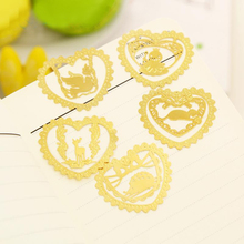 New Gold Bookmark Exquisite Lace Metal Bookmark Creative Round Mini Hollow Out Bookmarks For Books Gift H0188