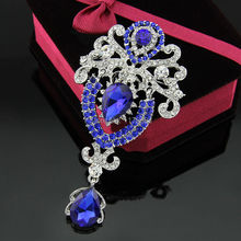 On Promotion ,Top Grade Costume Brooch Jewelry Shining Rhinestone Love of Butterfly Blue Crystal Flower Brooches for Women