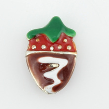 Free shipping! Hot selling chocolate color enamel strawberry floating charms living memory floating lockets,Gifts(China)