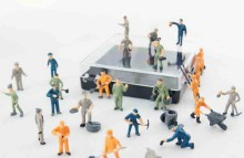 27PCS/SET ABS MINI 1:87 Sand table model making character railway workers villain Train Scene   ornaments   figure