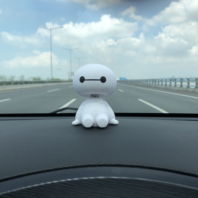 Car Ornament Cute Shaking Head Baymax Robot Doll Automotive Decoration Auto Interior Dashboard Bobble Head Toys Accessories Gift (2)