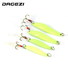 DAGEZI Metal Spinner Spoon Lure Luminous Hard Baits Sequins Noise Paillette with Feather Treble Hook fishing Tackle 5/7/10/13g