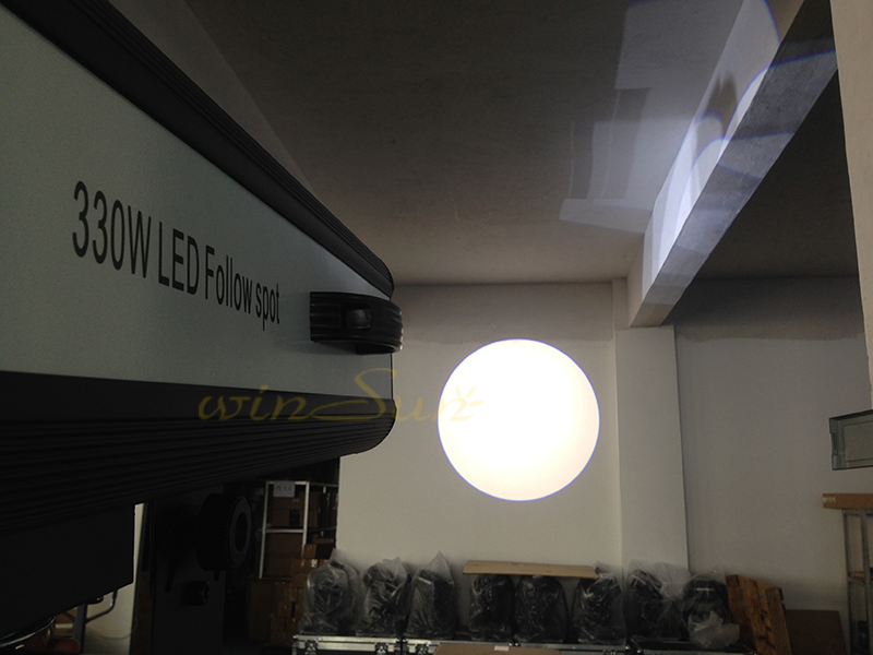 Spot Follow LED 330W