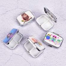 Metal Pill box Portable Pill cutter Splitters Folding pill case container for Medicines Organizer color random(China)
