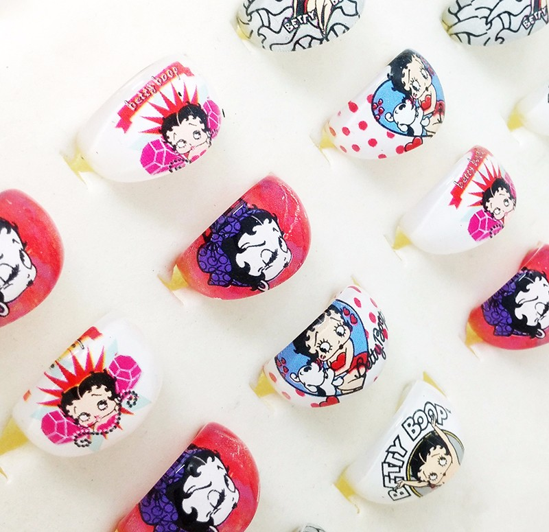 2016 New Fashion Jewelry Wholesale Lots 100pcs Mix Lovely Cartoon Betty Boop Kids Ring Resin Girls Children Rings Party Supplies(China (Mainland))