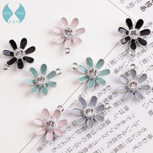 Homemade DIY jewelry accessories, dripping oil alloy pendants, diamonds, daisies, flowers