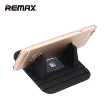 Colorful Remax Universal Soft Silicone Anti Slip Mat Desktop Car Phone Holder Stand Bracket For iPhone Samsung Huawei Lenovo LG
