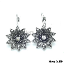 Tibetan Silver Color Carved Flower Vintage Ethnic Drop Dangle Earrings Retail Jewelry Jewellery Gift For Women Girls