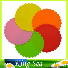 4 pcs/lot 14.3x14.3cm Colorful Round Silicone Table Heat Resistant Mat Cup Coffee Coaster Cushion Placemat Pad(China)