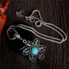 Atreus Sparkling Flower pendant Natural Stone Long sweater necklace For Women  Wholesale