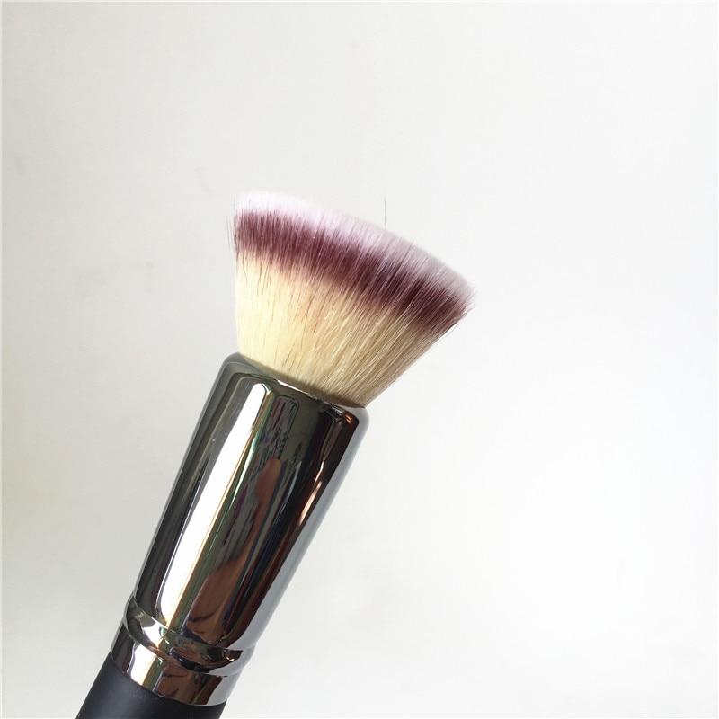 IT COSMETICS Buffing Foundation Brush #6 _ (2)