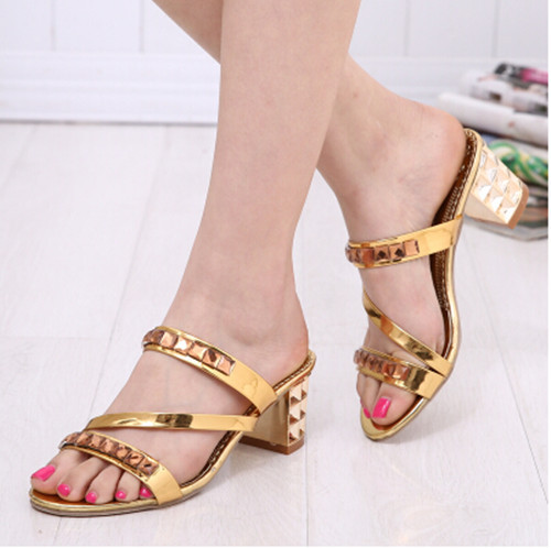 2016 summer new fashion Women shoes high-heeled sandals Roman thick with gold silver diamond Women sandals pumps<br><br>Aliexpress