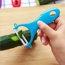 Ultra Sharp Fruit Vegetable Kitchen Ceramic Cutlery Peeler Knives High Quality Carrot Potato Peeler Cookig Tools