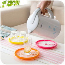 Creative kettle bottom cushion double-insulated thermos open bottle leak draining tray mat coasters