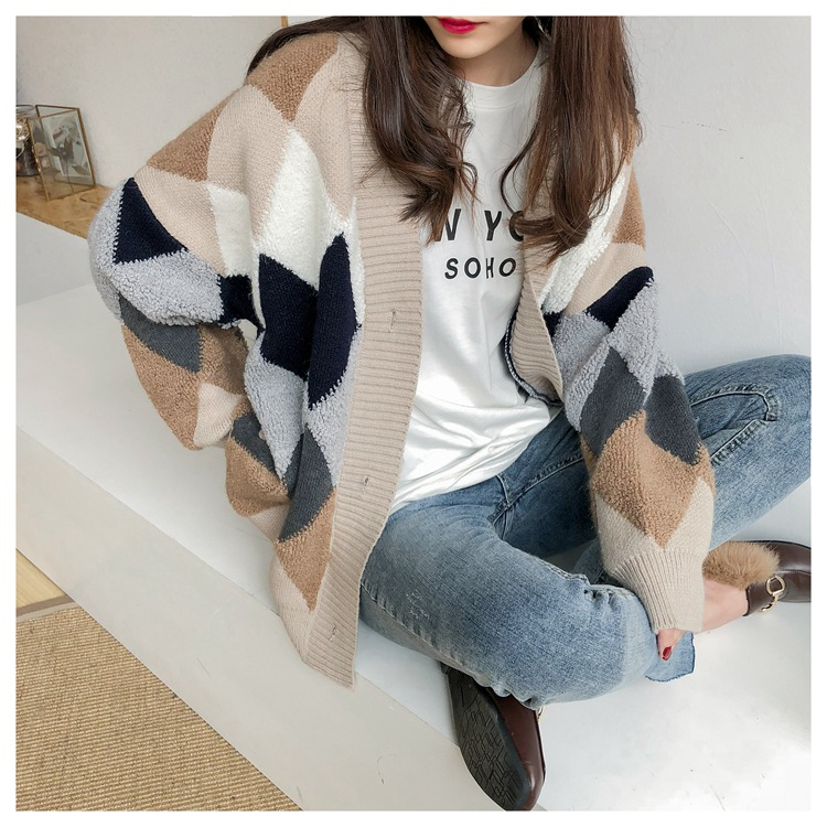 Colorfaith Women's Sweaters Autumn Winter 19 fashionable Casual Plaid V-Neck Cardigans Single Breasted Puff Sleeve Loose SW658 6