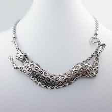 Classic antique silver plated jewelry metallic panther decorative statement Necklace