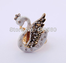 Antique Fashion  Enamel Swan Ring
