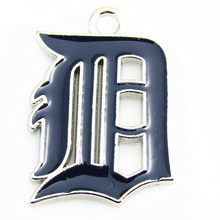 High quality Detroit Tigers MLB baseball Team sports dangle charms DIY bracelet/necklace pendant hanging floating charm jewelry(China)