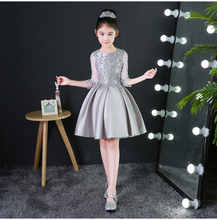 verkleedkleren meisjes2018 lace in the sleeve Puff silver white red flower girl dress cheap girl party dress(China)