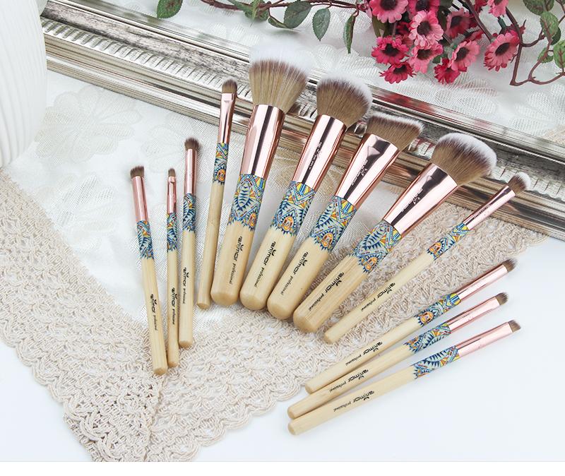 Nouveau Maquillage Brosses 12 pcs Ensemble En Bambou Make Up Brosse Souple Synthétique Collection Kit avec Poudre Contour Fard À Paupières Sourcils Brosses 2