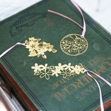 Vintage Gifts Metal Bookmark Hollow Flower Bookmark Cherry Gold Paper Clips(China)