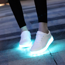 7ipupas USB Charger Children Led shoes for Boy&Girl Glowing Sneakers Kids Light Up shoes led slippers Casual Luminous Sneakers(China)
